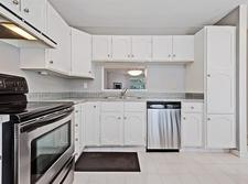 Lakeview Townhouse for sale:  2 bedroom 1,426 sq.ft. (Listed 2018-08-26)