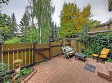 Lakeview Townhouse for sale:  3 bedroom 1,371 sq.ft. (Listed 2019-05-23)