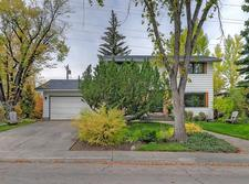 North Glenmore Park House for sale:  4 bedroom 1,656 sq.ft. (Listed 2019-04-08)