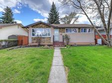 North Glenmore Park House for sale:  3 bedroom 1,038 sq.ft. (Listed 2018-05-10)