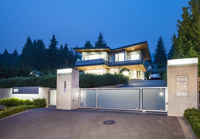 3023 Mathers Avenue, West Vancouver | Shahin Behroyan