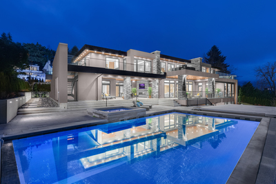 Stunning New Build in the British Properties!