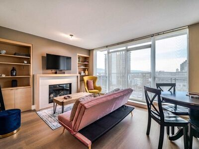 Fairview VW Apartment/Condo for sale:  1 bedroom 537 sq.ft. (Listed 2021-03-30)