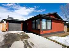Lake Bonavista House for sale:  5 bedroom 1,146.37 sq.ft. (Listed 2011-04-09)