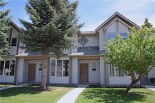 Shawnessy Townhouse for sale:  3 bedroom 1,106 sq.ft. (Listed 2019-06-19)