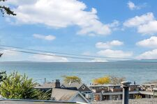 White Rock Ocean View House for sale:  4 bedroom 3,534 sq.ft. (Listed 2020-10-23)