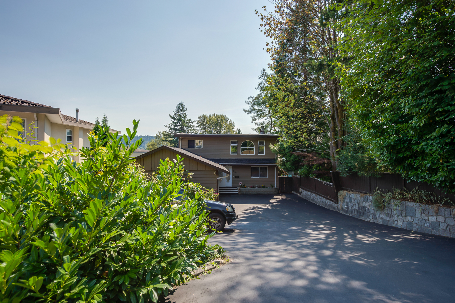 North Shore Port Moody House for sale:  6 bedroom 3,772 sq.ft. (Listed 2017-04-07)