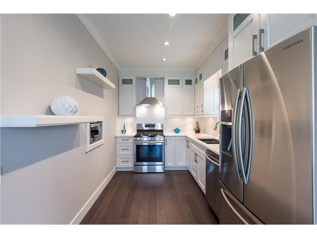 Knight Duplex for sale:  3 bedroom 1,265 sq.ft. (Listed 2017-04-07)