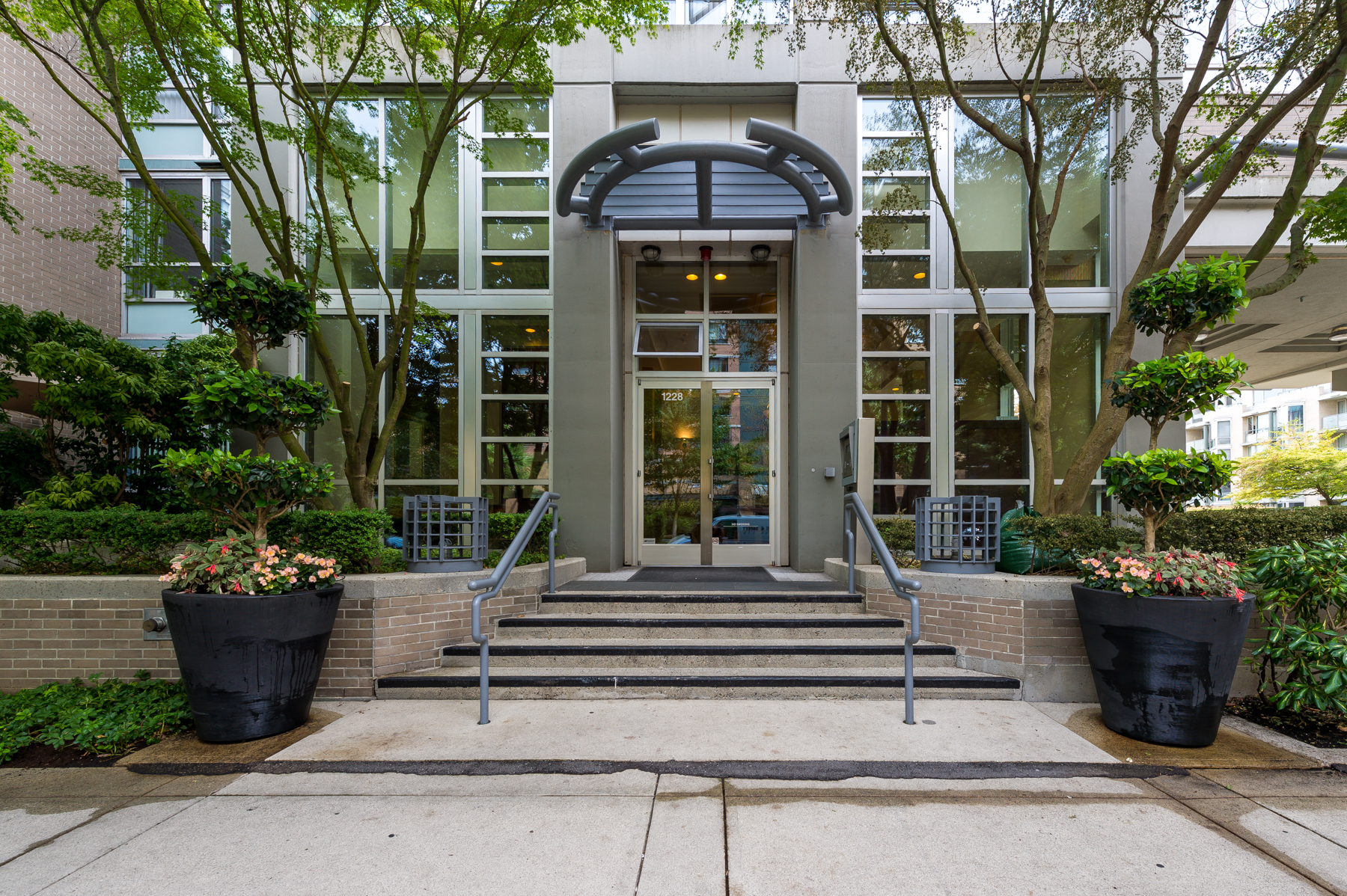 Yaletown Condo for sale:  3 bedroom 1,702 sq.ft. (Listed 2017-09-28)