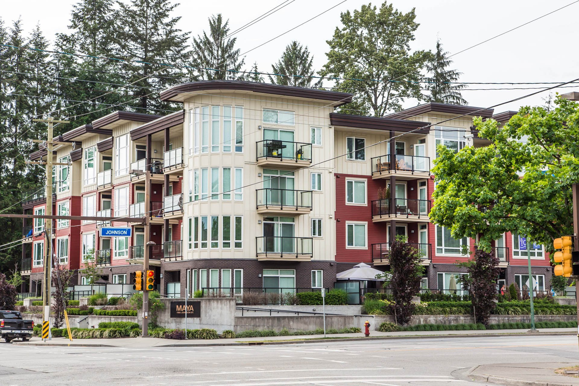Eagle Ridge Condo for sale:  1 bedroom 793 sq.ft. (Listed 2018-05-24)