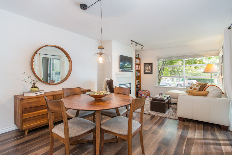 Kitsilano Condo for sale:  2 bedroom 873 sq.ft. (Listed 2018-09-04)