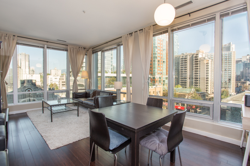 Downtown Condo for sale:  1 bedroom 614 sq.ft. (Listed 2018-09-10)