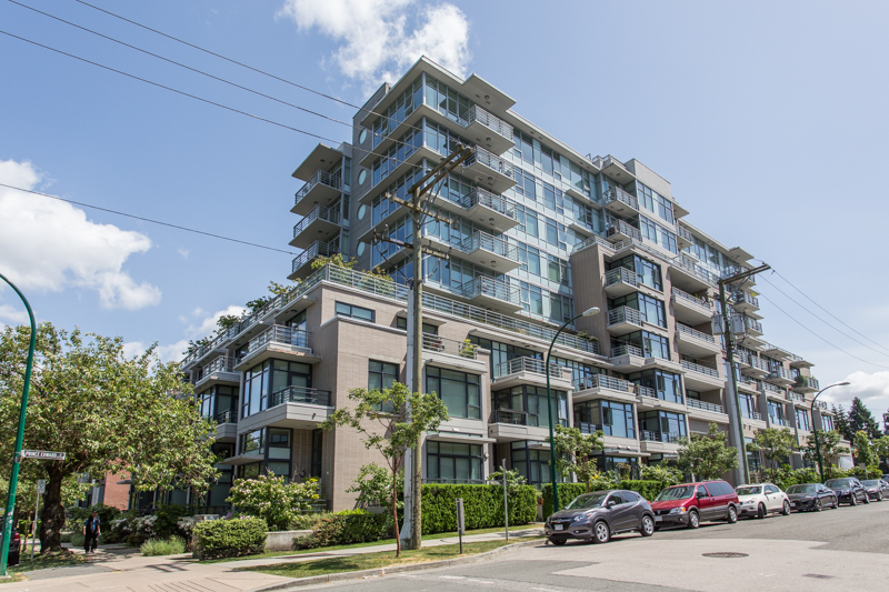 Mount Pleasant Condo for sale:  1 bedroom 669 sq.ft. (Listed 2018-11-05)