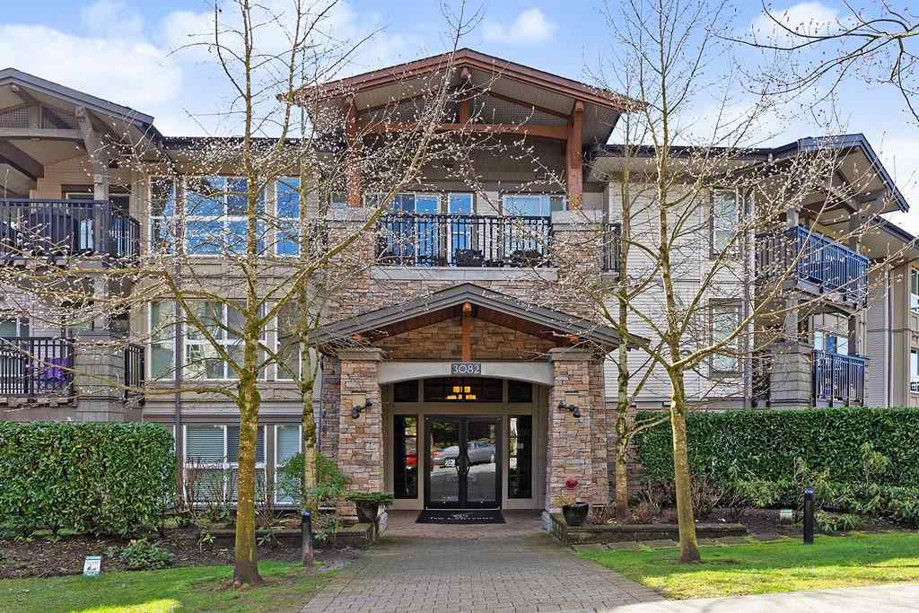 Westwood Plateau Condo for sale:  2 bedroom 850 sq.ft. (Listed 2020-03-20)