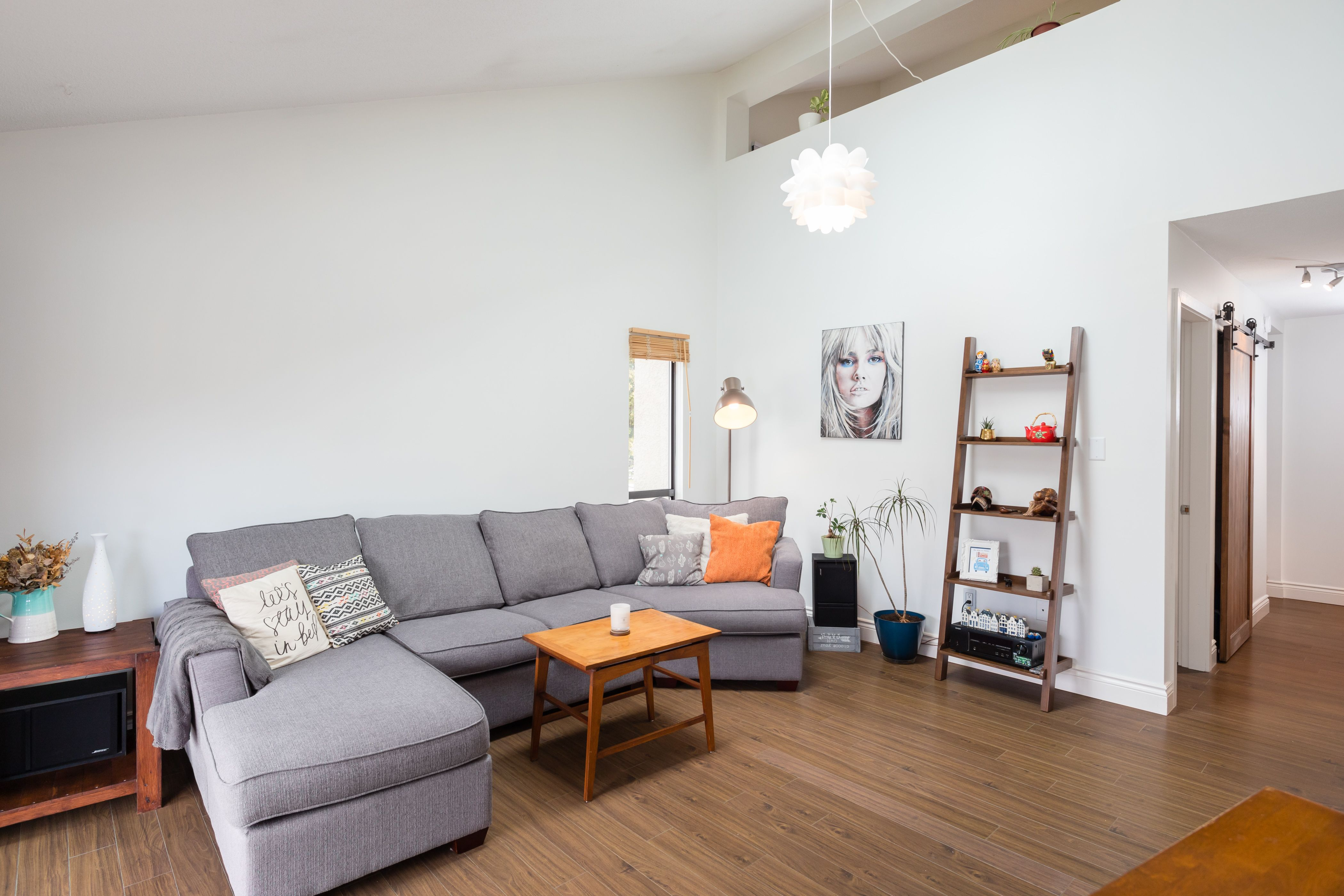 UPTOWN Loft for sale:  2 bedroom 983 sq.ft. (Listed 2020-04-09)