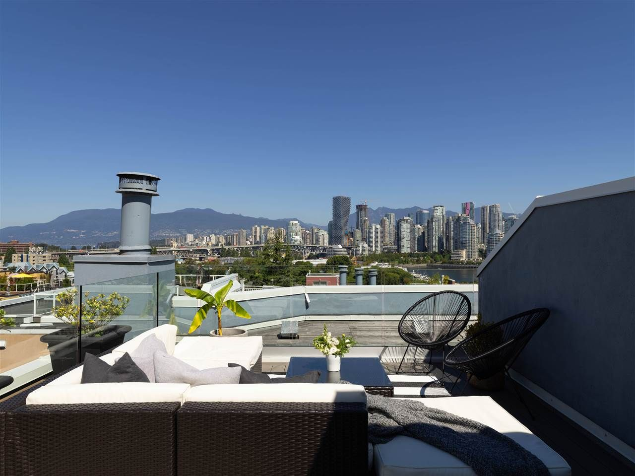 Vancouver Townhouse for sale:  2 bedroom 1,424 sq.ft. (Listed 2020-10-04)