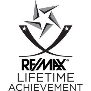 Remax lifetime logo