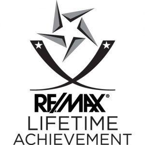 Remax lifetime logo