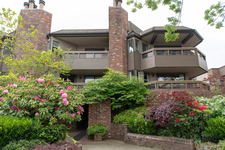 Kitsilano Apartment for sale:  2 bedroom 957 sq.ft. (Listed 2018-05-20)