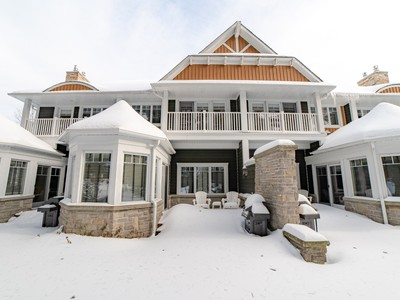 Lake of Bays / McLean Townhouse for sale: The Landscapes 3 bedroom 2,171 sq.ft.