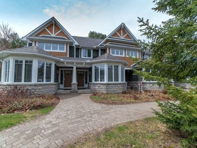 District of Muskoka/ Lake of Bays/ McLean Townhouse for sale: The Landscapes Villa 14 3 bedroom 2,171 sq.ft. (Listed 2020-05-20)