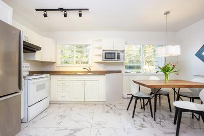 Garibaldi Highlands Duplex for sale:  3 bedroom 1,054 sq.ft. (Listed 2019-11-14)