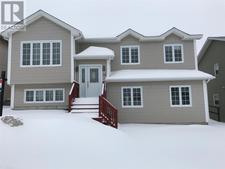 St John's House for sale:  6 bedroom 2,400 sq.ft. (Listed 2019-03-26)