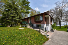 Port McNicoll Single Family Home for sale:  2+2 3,000 sq.ft. (Listed 2017-05-19)