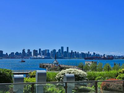 Lower Lonsdale Condo for sale:  1 bedroom 672 sq.ft. (Listed 2016-05-19)