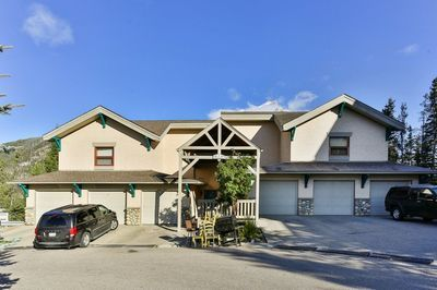 None Townhouse for sale:  3 bedroom 1,578 sq.ft. (Listed 2020-04-23)