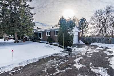 Manotick HOME (Listed 2018-01-26)