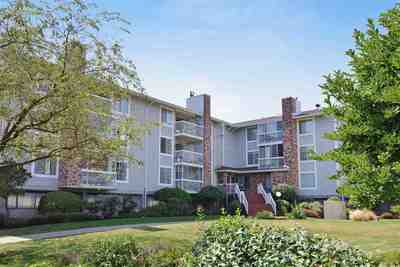 Langley City Condo for sale:  2 bedroom 1,053 sq.ft. (Listed 2020-01-14)