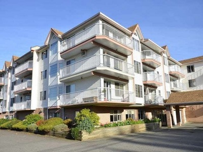 Poplar Condo for sale: Central Heights 2 bedroom 1,100 sq.ft. (Listed 2020-02-21)