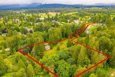 Salmon River House with Acreage for sale:  2 bedroom 2,833 sq.ft. (Listed 2020-07-13)