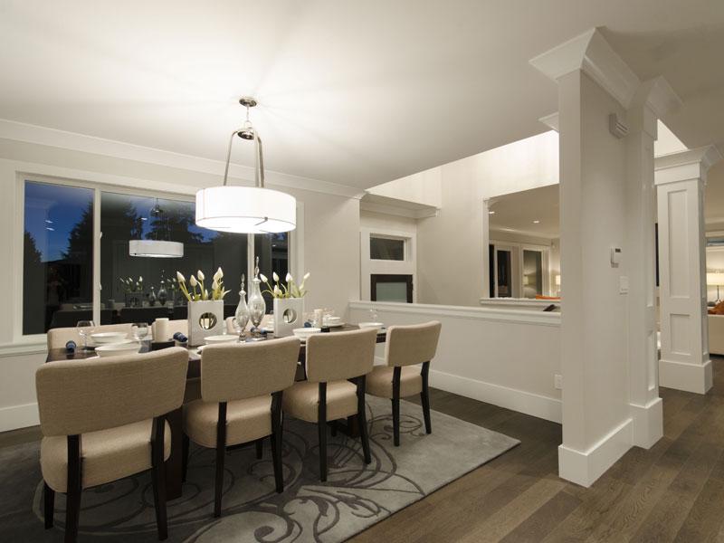 Redonda Dining Room