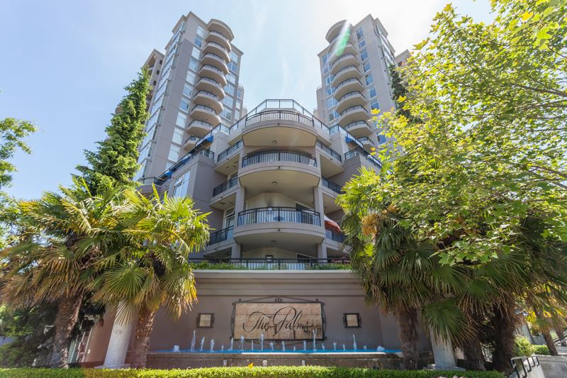 Brighouse South Condo for sale:  2 bedroom 924 sq.ft. (Listed 2017-06-09)
