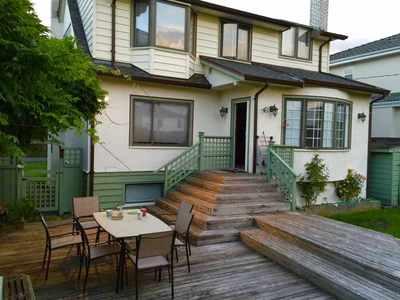 Oakridge VW House for sale:  4 bedroom 2,660 sq.ft. (Listed 2019-04-03)