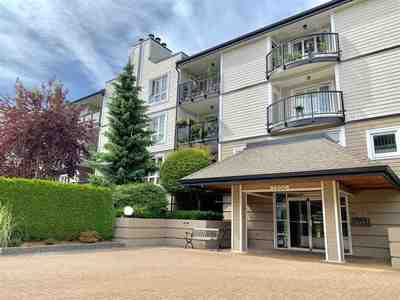 Brighouse South Condo for sale:  1 bedroom 750 sq.ft. (Listed 2019-06-17)