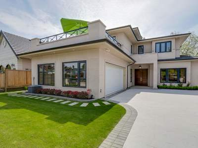 Garden City House for sale:  5 bedroom 3,872 sq.ft. (Listed 2019-07-16)