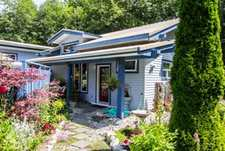 Sechelt District House for sale:  2 bedroom 1,240 sq.ft. (Listed 2017-07-12)