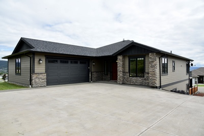 Williams Lake House/Single Family for sale:  4 bedroom 3,850 sq.ft. (Listed 2019-07-11)