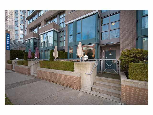 Yaletown Park Townhouse