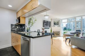 Yaletown Condo for sale:  2 bedroom 885 sq.ft. (Listed 2018-09-24)