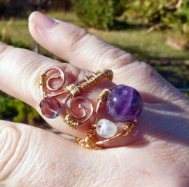 Preview_copper_gold_wrap_ring_amethyst_and_moonstone2