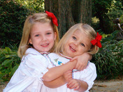 Sweet sisters, Isabel and Abbygale Roberts