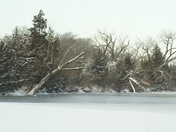 Winters snow on the lake
