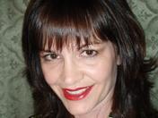great smile solid bkgrnd red lips 3-09.jpg