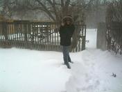 Kelly in Snow - SW 119th 12-21-09.jpg
