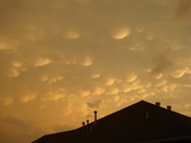 Storm Cloud 2 4-22-11.JPG