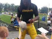 Jarvis Jones autographs @ Steelers Training Camp